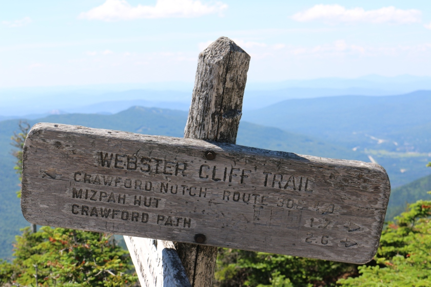 Webster Cliff Trail Post